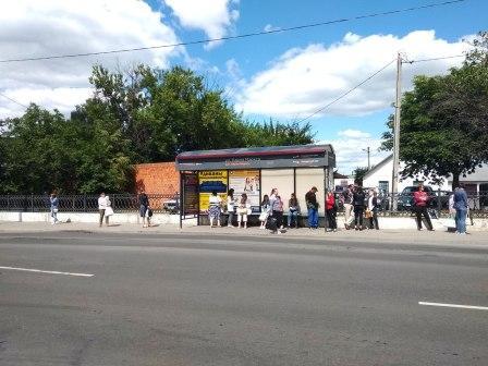 Реклама на остановках автобуса в Пинске